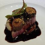 レストラン カズ - まだまだ出ます、博多和牛のシャトーブリアン