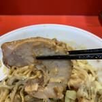 麺屋 桐龍 - 「つ」の形の豚ちゃん
