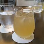 151222075 - 柚子ジンジャー(アルコール入りが良かった、でも、これ最高♡)