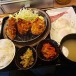 札幌ザンギ本舗 - ザンギベーコンエッグ定食