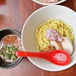 えびくらぶ - 料理写真:「えびつけめん」¥880