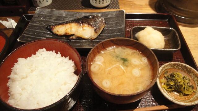 越後屋八十吉 - 銀だら定食(980円)