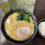 大黒家 - ラーメンしょうゆ(濃いめ)730円