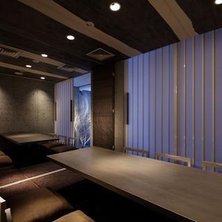 接待などのビジネスシーンにも最適な完全個室