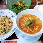 chuukaryouriiwaen - 担々麺とチャーハン定食+サラダ 950円
