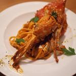 原宿バール - 渡り蟹のパスタ。蟹の出汁が濃厚なトマトクリームソースで。