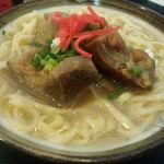 さんだぁー  - 料理写真:ソーキそば(700円)