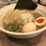 煮干乃宴 - 料理写真:濃厚煮干中華そば