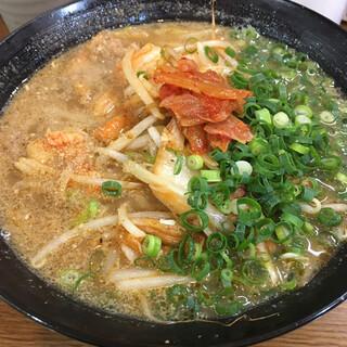 博多屋台 ともちゃん - 料理写真:豚キムチラーメン(1日限定 10杯) 850円