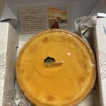 デリチュース  - チーズケーキ小。