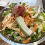 ペルー料理 ミラフローレス - 季節野菜のグリーンサラダ