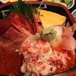 寿し炉端 つちや - 海鮮丼950円