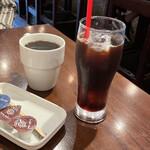 MOZU - ランチのソフトドリンク(税込100円) ホットコーヒー、アイスコーヒー