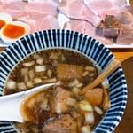 151300590 - スープの中にもしっかりチャーシュー