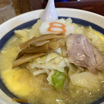 8番らーめん  - 料理写真:野菜塩バター風味らーめん