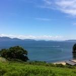 南風荘 - 外観写真:目の前には綺麗な瀬戸内の海が広がっています