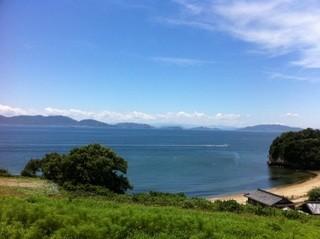 南風荘 - 目の前には綺麗な瀬戸内の海が広がっています