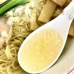 支那そば心麺 - 塩ラーメン スープ