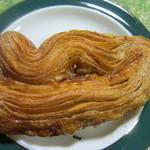 風の邱 焼きたてパン工房 - キャラメルヴォーグ 130円 パリパリに焼けて美味しい~