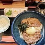 讃岐麺屋 あうん - 料理写真:肉玉ぶっかけ