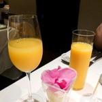 15137836 - ミモザとオレンジジュース