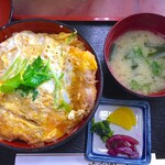 にく友食堂 - 料理写真:カツ丼 800円
