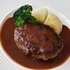 Bistro Bisque - 料理写真:お値ごろハンバーグランチ
