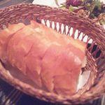 15140752 - 料理についてくるパン