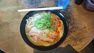 麺屋えびす - みそ豚骨ラーメン830円