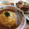蒲生中華 信 - 料理写真:・日替わり定食 [天津飯と唐揚げ]