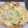 ピッツェリア ナリポ - 料理写真:イーデーがホットプレートでフツフツ