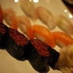 すしBAR - お寿司!