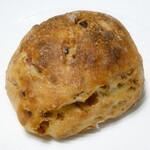 boulangerie dodo - フライドオニオンとベーコンのリュスティック
