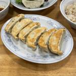 ぎょうざの満洲 - 焼き餃子