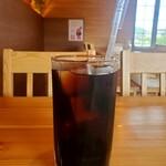 博多明太子パスタ専門店 ハカタ メンタイ - アイスコーヒーけっこうたっぷりです