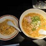 龍伸 - 令和3年5月 ランチタイム 半ちゃんセット 焼き飯(小)+味噌ラーメン 820円