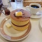 151475120 - ホットケーキとオリジナルブレンドコーヒー
