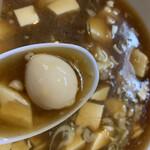 トーフラーメン 幸楊 - 豆腐に紛れてウズラが1つ
