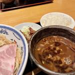 つけ麺 鐵匠 - 魚介つけ麺 つけ汁アップ