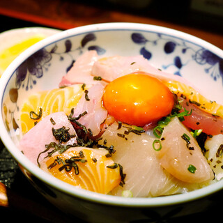 めしの助 - 料理写真: