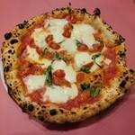 151506992 - 水牛のモッツァレラチーズのマルゲリータ