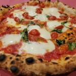 151506997 - 水牛のモッツァレラチーズのマルゲリータ