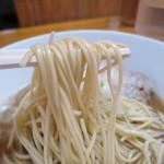 中華そば屋 伊藤 - 麺