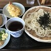 手打うどん茶山 - 料理写真:天ざるうどん&いなり
