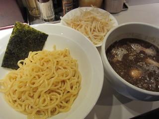 麺屋錦 新橋 - 煮魚つけめん(\800-)
