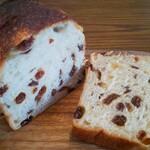 151523262 - レーズン食パン