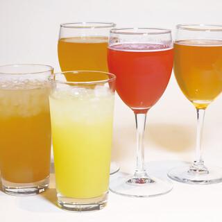 ノンアルコールカクテル、微アルコール、国産ソフトドリンク充実