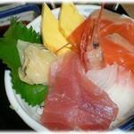海菜魚藩 - セットの海鮮丼       ネタはありきたりだが新鮮
