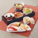 館乃総本店 - レディース御膳 当店不動の人気No1!寿司とおそばが一緒に楽しめます♪