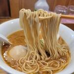 151542818 - 味噌中華そば+味玉の麺リフト